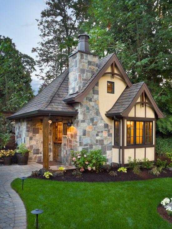 27724b57b9617af2a53f894980a553d3--guesthouse-little-cottages